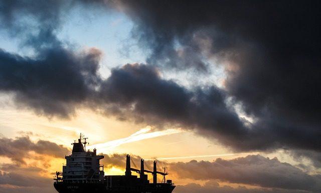 Transport morski wciąż konkurencyjny