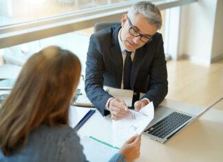 Czy można budować poduszkę finansową kredytem gotówkowym